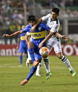 Perez con el balón