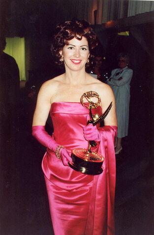 File:800px-Dana Delany 1992 Emmys retouch.jpg