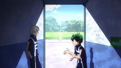 Shoto parla con Izuku