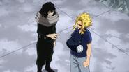 Shota advises Toshinori to move to safety