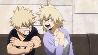 Katsuki regañado por su madre