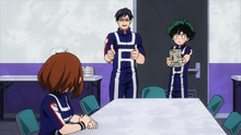 Izuku offers Ochaco advice