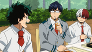 Tenya and Shoto worried about Izuku