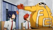 Fat Gum points out Eijiro Kirishima and Tamaki Amajiki