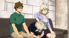 Mitsuki y Masaru confían a su hijo a U.A