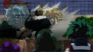 Tomura attacks the students