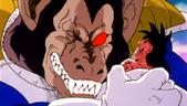 En Vegeta intenta esclafar en Goku