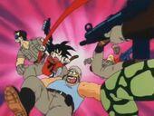 Goku ataca soldats Exèrcit