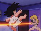 Launch dispara Goku