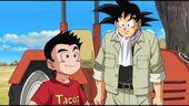 Goku, Krilin i tractor