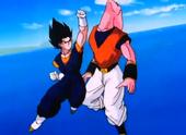 Vegeku normal ataca Super Buu