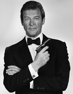 Roger Moore-1