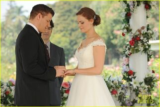 Bones-wedding-booth-bones-get-married-see-the-pics-04