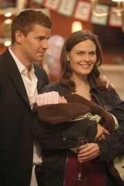 does booth and bones ever hook up