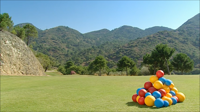File:9 A Pile of Balls.png
