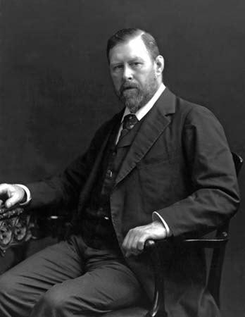 File:Bram Stoker 1906.jpg