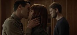 Yuri & Petra kiss