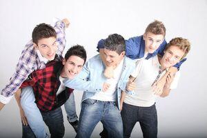 Auryn-facebook-02