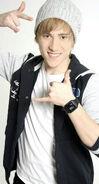 Auryn-Carlos-01
