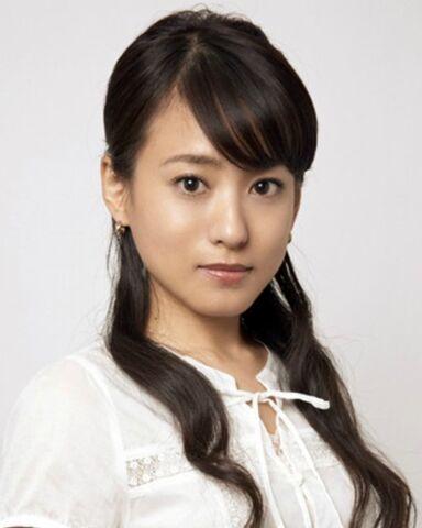 File:Maki-Mochida.jpg