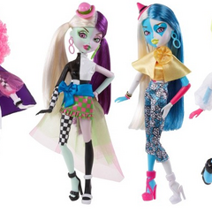 Promotional pictures of some of the two double pack's possible combinations