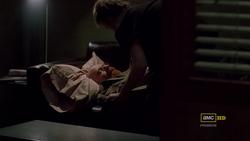3x10 - Walt duerme