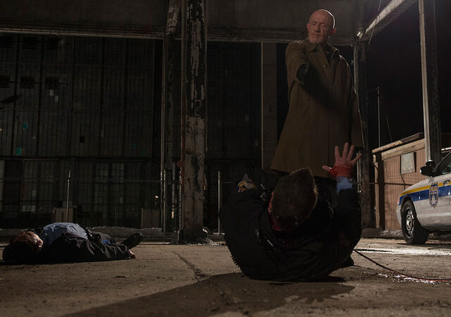 File:Better-call-saul-episode-106-mike-banks-935-8-sized.jpg