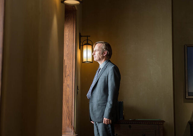 File:Better-call-saul-episode-201-jimmy-odenkirk-small-2-935.jpg