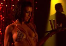 Cabaret Waitress - Mas