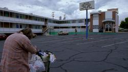 1x03 - Motel Crossroads
