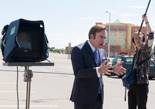 File:Better-call-saul-greeting-from-set-jimmy-odenkirk-935-2.jpg