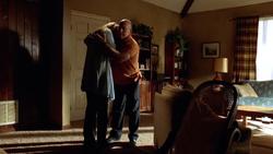 2x01 - Skyler y Hank