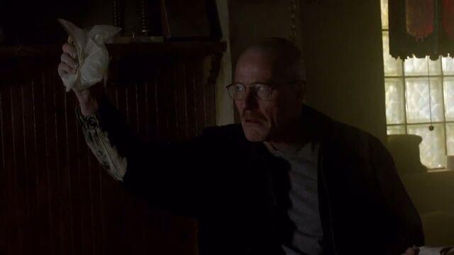 File:1x06 - Walt demanding his money.jpg