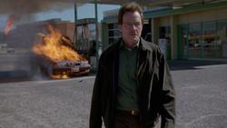 1x04 - Cancer Man 8