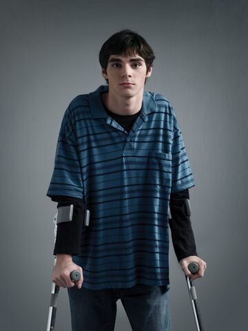 File:Season 2 - Walt Jr 2.jpg