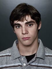 Season 2 - Walt Jr
