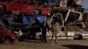 1x07 - Junkyard