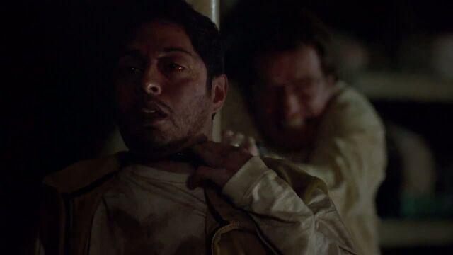 File:1x03 - Walt kills Krazy 8.jpg