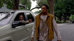 1x02 - Cat's in the Bag... 4