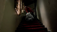 1x02 - Cat's in the Bag... 2