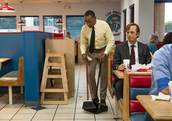 Better-call-saul-episode-302-jimmy-odenkirk-5-935
