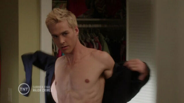 File:Chris-Wood-in-Major-Crimes-Episode-2.11-15