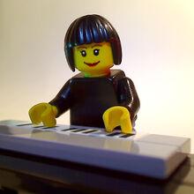 Lego-claire-circuit 4943237758 o