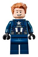 76143 Captain America (No helmet)