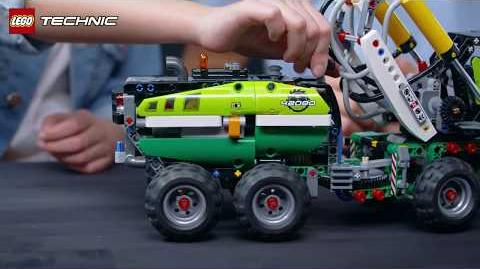 Log and load with the powerful LEGO Technic Forest Machine (42080)