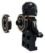 LEGO-Ideas-21314-TRON-Legacy-Rinzler-Action-2