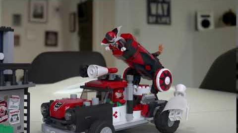 Harley Quinn Cannonball Attack - LEGO Batman Movie - 70921 Product Feature