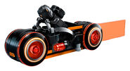 LEGO-Ideas-21314-TRON-Legacy-Set-Orange-Bike-Action