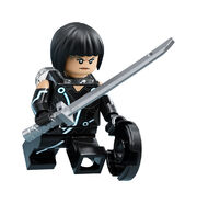 LEGO-Ideas-21314-TRON-Legacy-Quorra-Action-1
