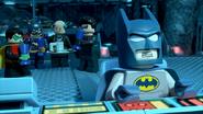 BatmanBeLeagueredBatfamily
